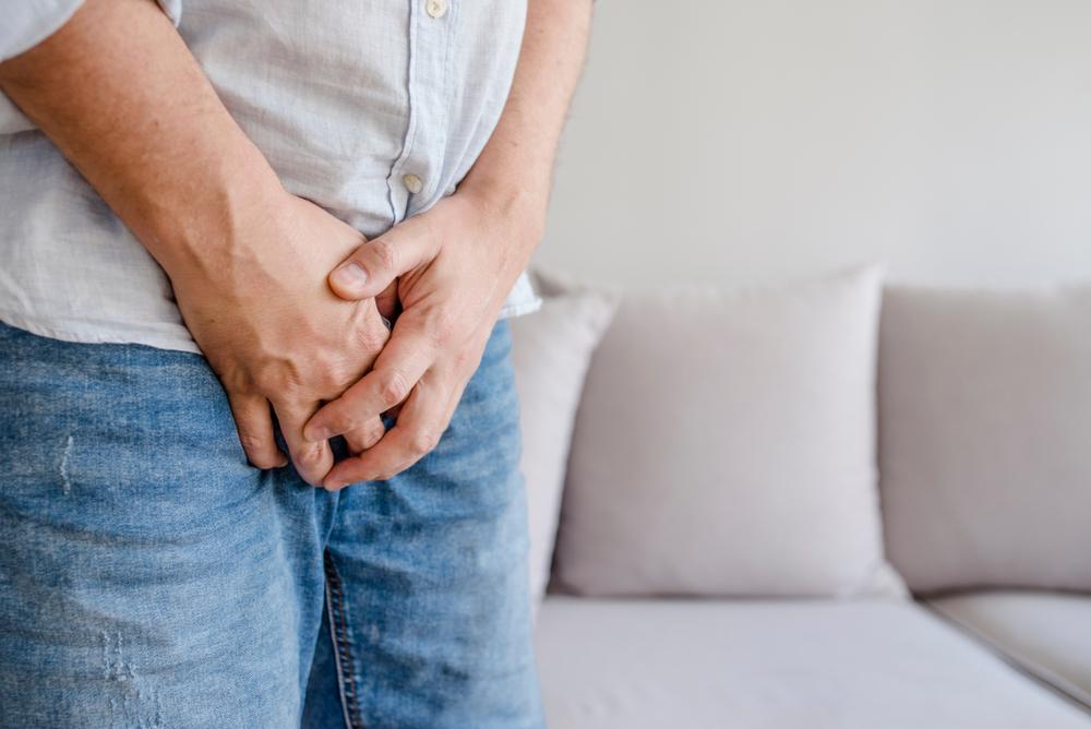 testiculele rănite după o erecție)